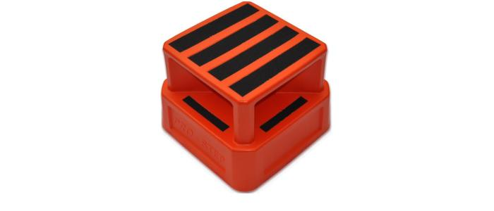Saftey step: with four way access, up to 200kg capacity. Step stands 375mm high